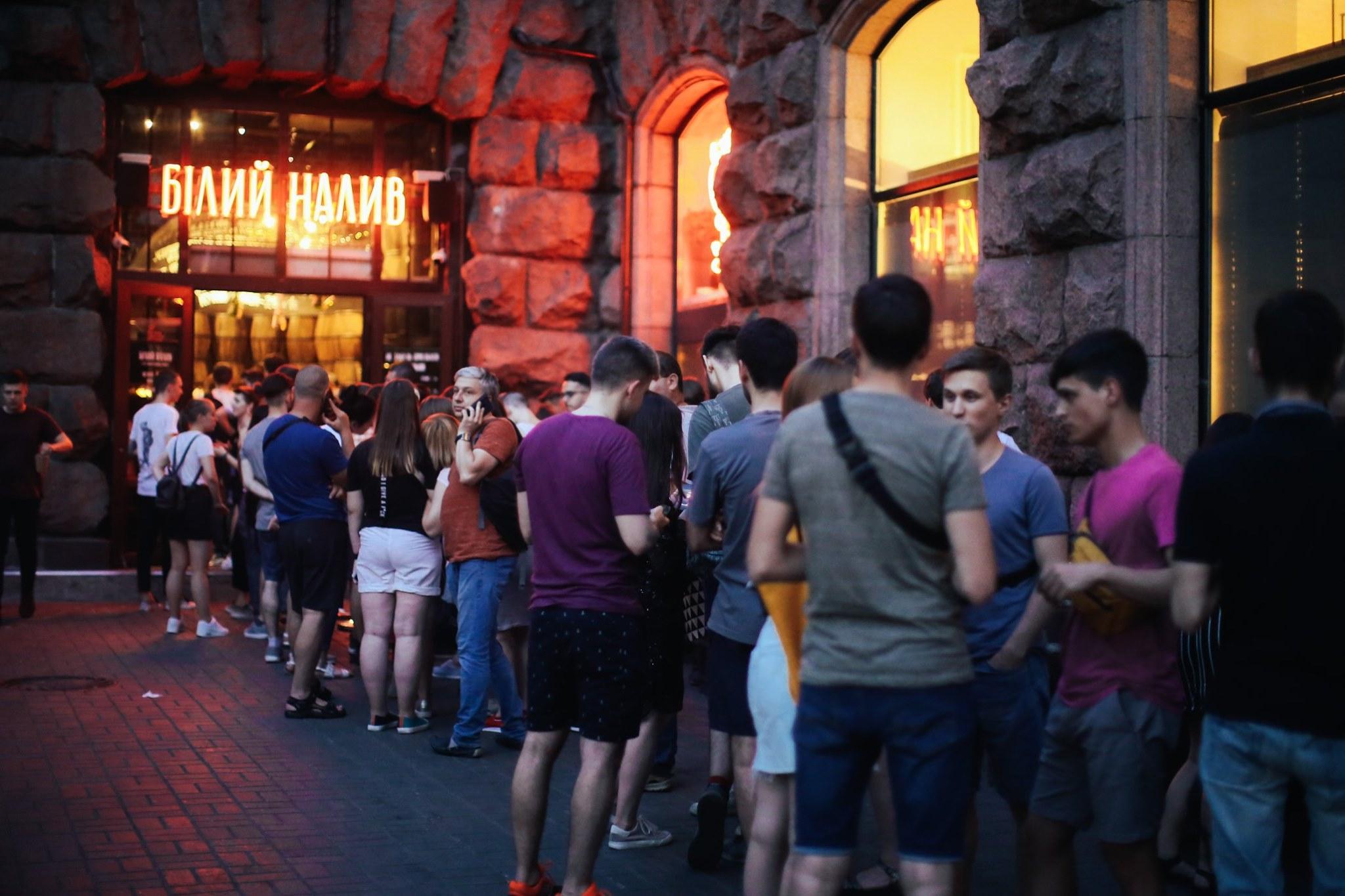 Черга як у Борисова: як відкрити ресторан з високою відвідуваністю (ВІДЕО)